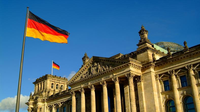 Niemcy: firmom brakuje fachowców