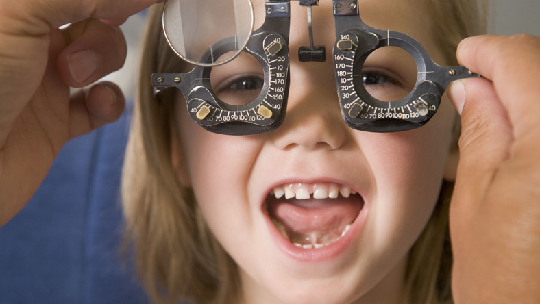 Dziecko u okulisty