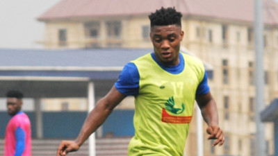 Super Eagles star Anayo Iwuala shines as Enyimba beat Algerian side ES Setif 2-1 in CAF Confederation Cup