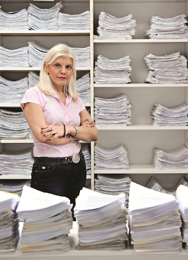 Pre izvršenja ime dužnika biće na oglasnoj tabli: Svetlana Manić,zamenica predsednika Komore izvršitelja
