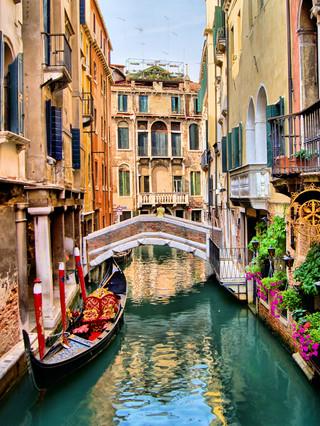Włochy: 'Wenecja chce żyć. Dosyć hoteli!' - protest widzów w teatrze