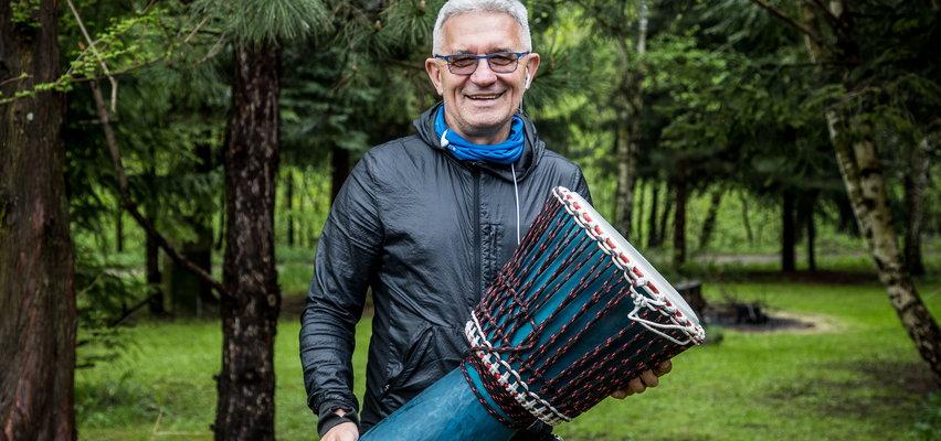 Uzdrawia w rytm muzyki bębnów. Oto niezwykły terapeuta z Andrychowa!