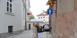 Uwaga kat! Nietypowy znak na Starym Mieście w Lublinie