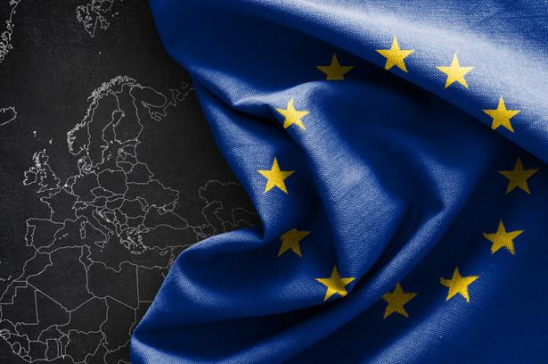 Dzięki Europejskiemu Funduszowi Obronnemu mamy duży potencjał synergii między innowacjami w dziedzinie przestrzeni kosmicznej, obronności oraz cywilnych badań naukowych i innowacji - powiedziała Margrethe Vestager, wiceprzewodnicząca KE odpowiedzialna za cyfryzację.