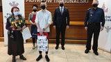 Młody bohater! 17-latek odzyskał skradziony portfel seniorki