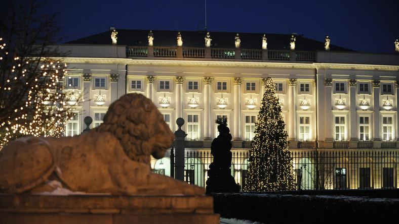 Ludzie Lecha Kaczyńskiego oddali pałac