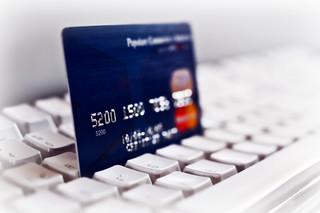 Dla fiskusa karta płatnicza jest jak gotówka