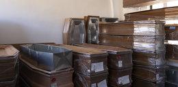 Domy pogrzebowe magazynują trumny. Na wszelki wypadek