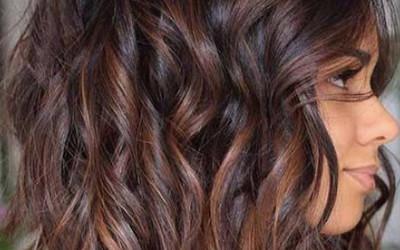 Cięcia Dla Półdługich Włosów Galeria