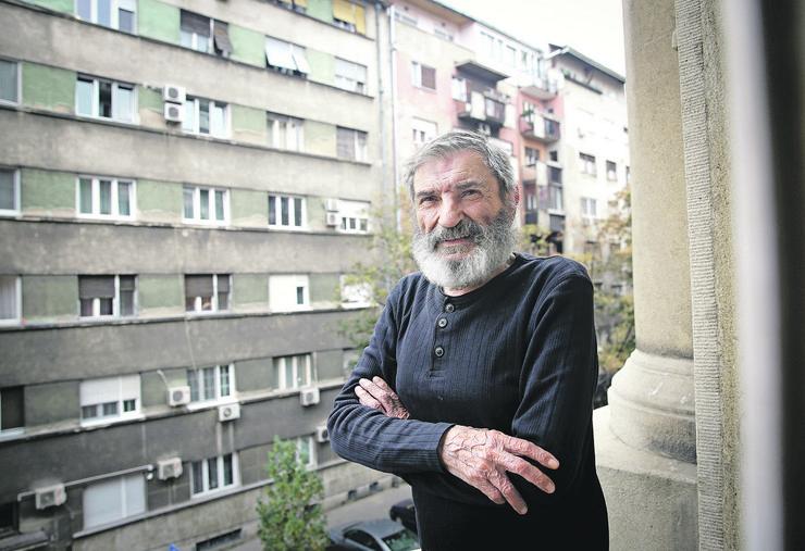 """""""ŽAO MI JE ŠTO JE OBOLEO"""" Komšije Miše Janketića ispričale nepoznate detalje o glumcu i njegovoj porodici"""