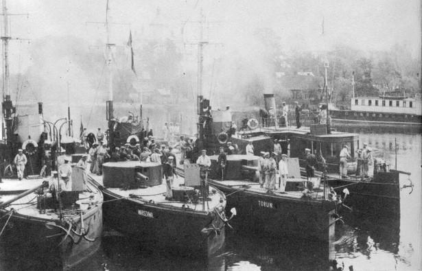 Flotylla pińska (Domena Publiczna)