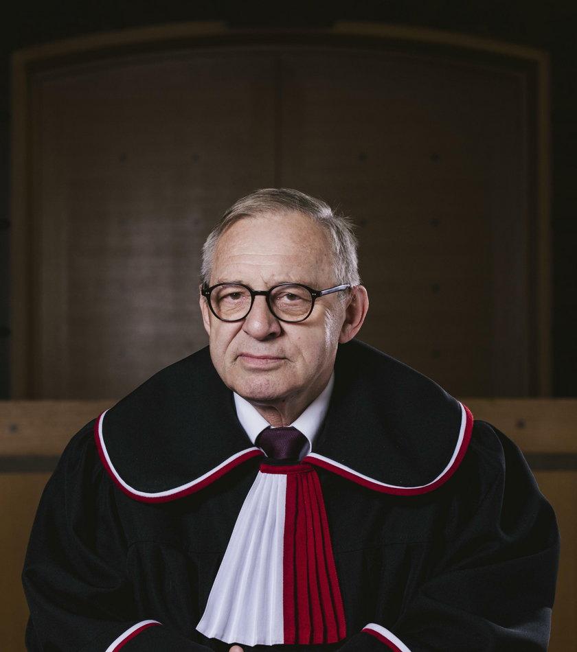 Zmarły sędzia bał się ataku?
