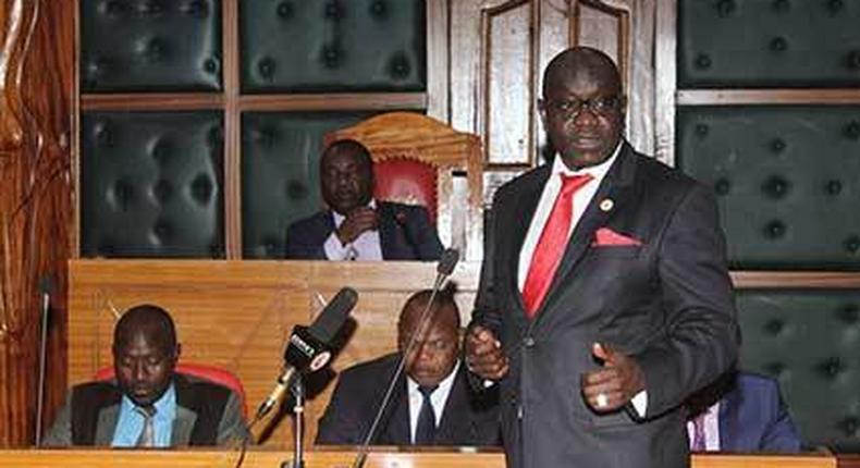 Ekuru Aukot addressing a county assembly