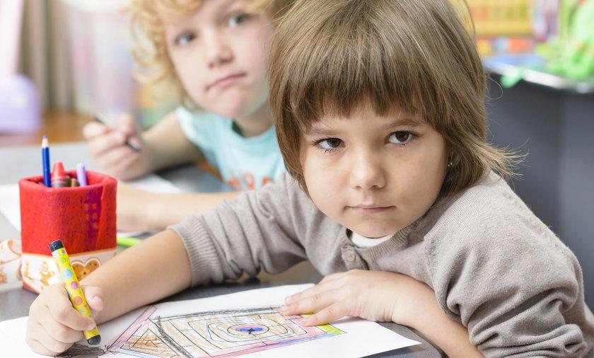 Jest naukowy dowód na to, że 6-latki w szkole to zły pomysł!