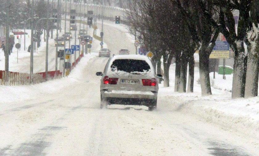 Raport pogodowy z Podlasia. Zimno i ślisko