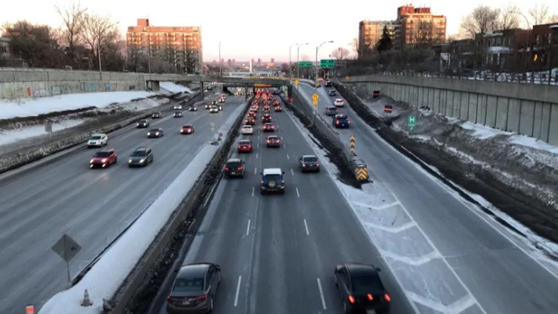 Trying to turn an expressway green [cbc]