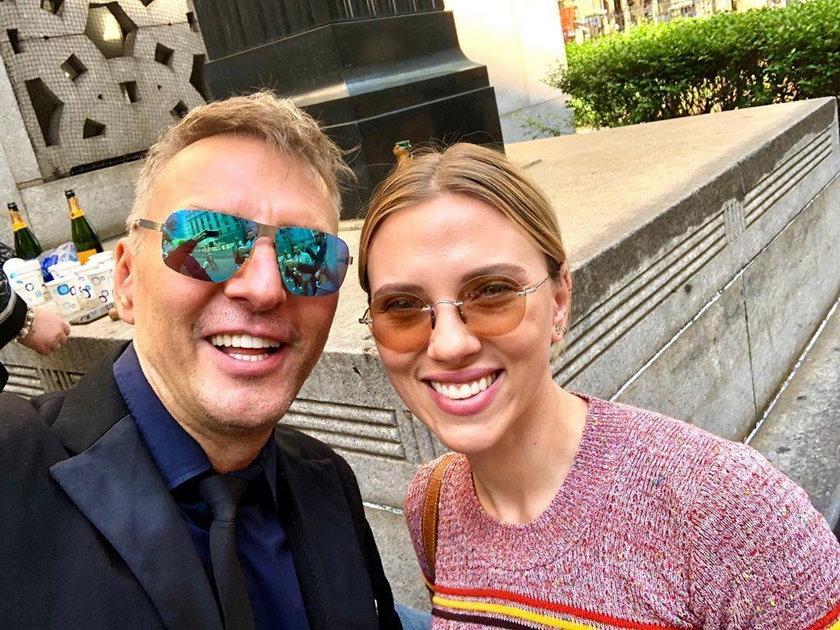 Krzysztof Gojdź i Scarlett Johansson