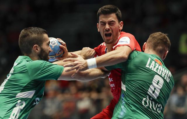 Vuk Lazović na utakmici protiv Srbije