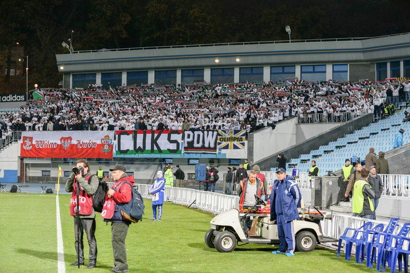 Wywieszenie kontrowersyjnej flagi na meczu z Metalistem może kosztować Legię walkower?