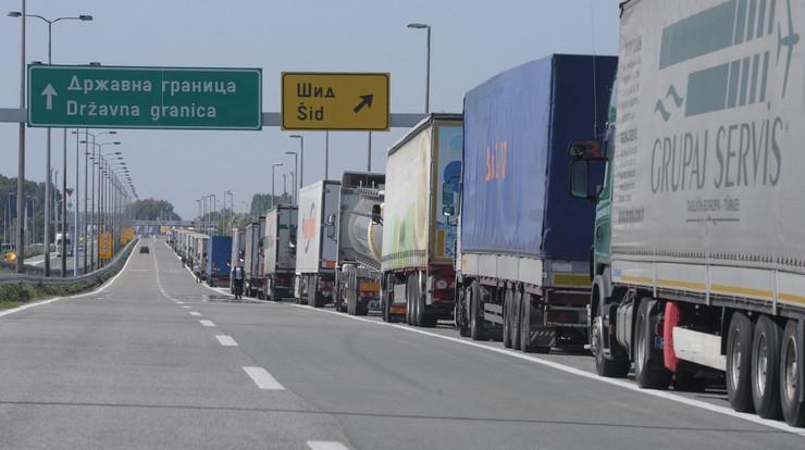 kamioni batrovci 04_RAS_foto Aleksandar Dimitrijevic