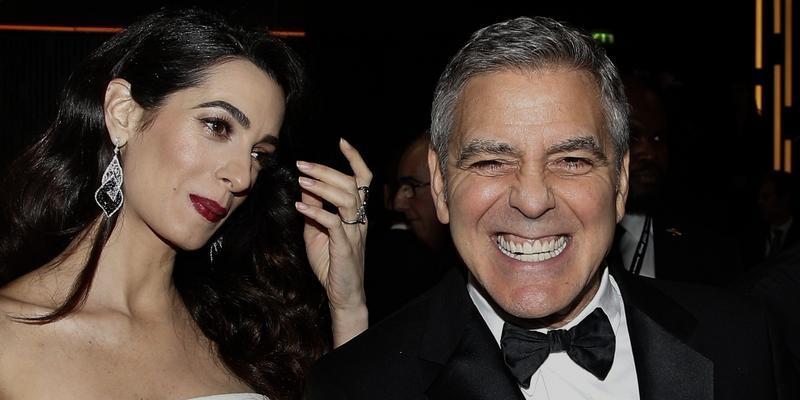 Żona George'a Clooneya wreszcie pokazała ciążowe krągłości