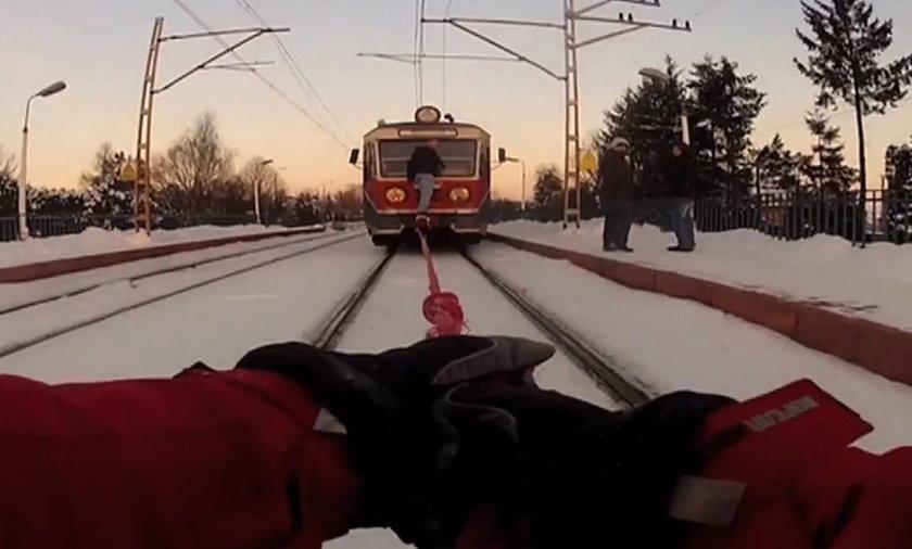 Na nartach za pociągiem