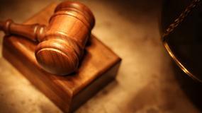 Sąd zabronił mu widywać syna, bo nie chodzi do kościoła
