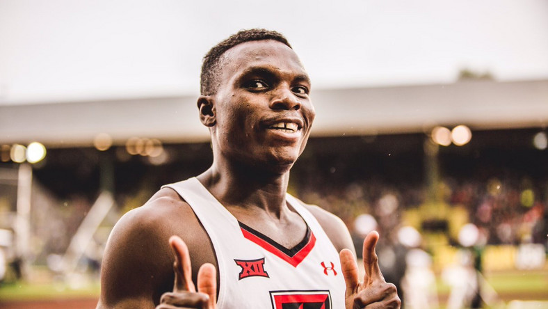 Nigerian-born sprinter, Divine Oduduru, breaks world records in 100m, 200m race (twitter/TexasTechTF)