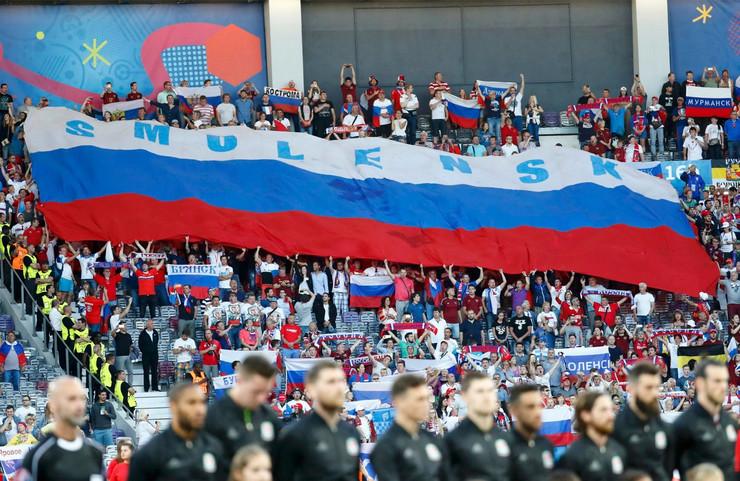 Fudbalska reprezentacija Rusije, Fudbalska reprezentacija Velsa