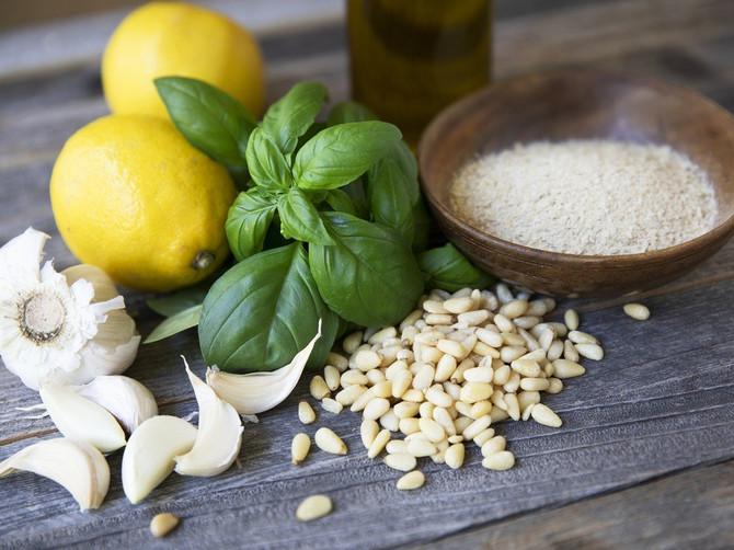 Ultra moćan recept: Spoj belog luka i meda štiti vas od virusa i bakterija!