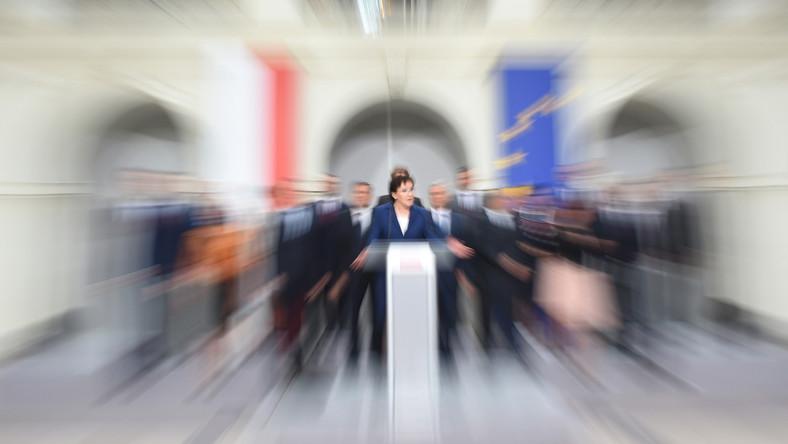 Premier Ewa Kopacz prezentuje skład nowego rządu