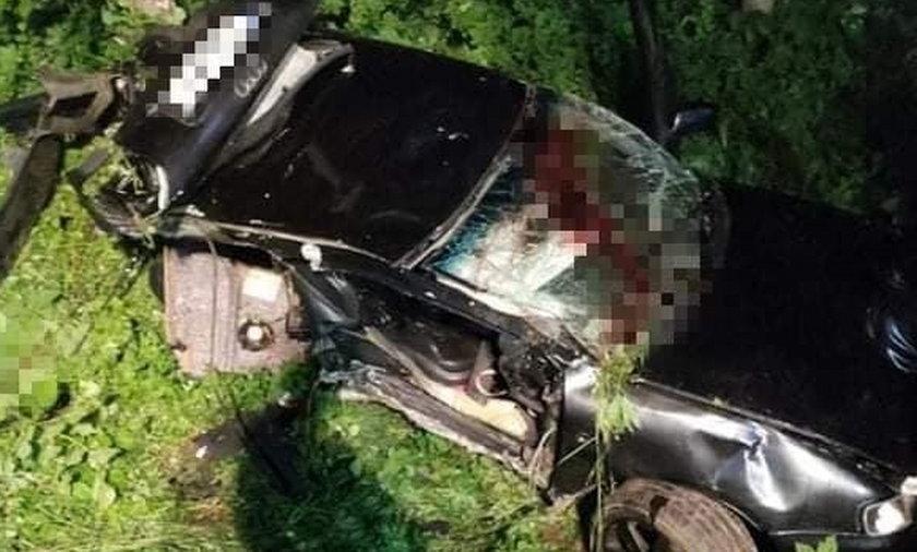 Wypadek pod Miłakowem. Nie żyje 18-latka.