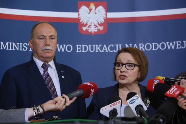 Według szefowej MEN reforma edukacji jest przemyślana, odpowiedzialna i rozłożona na wiele lat