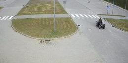 Co się dzieje w Słupsku?! Gigantyczny penis przed aquaparkiem!