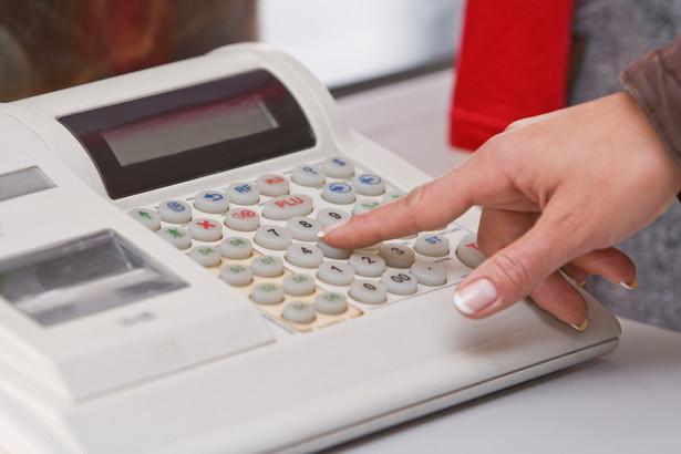 Dziś komornicy też nie muszą stosować kas, ale dlatego, że nie rozliczają VAT