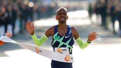 Bashir Abdi poprawił w Rotterdamie maratoński rekord Europy!
