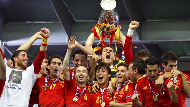 Piłkarskie mistrzostwa Europy to najczęściej wskazywane przez respondentów CBOS krajowe wydarzenie mijającego roku