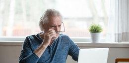 """Fatalne wieści ws. czternastek dla emerytów! Przez """"drobną"""" zmianę"""