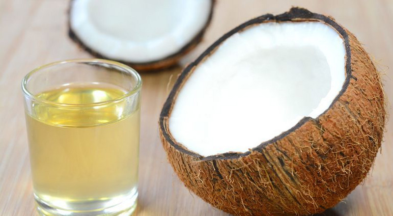 4 reasons why every man should own coconut oil