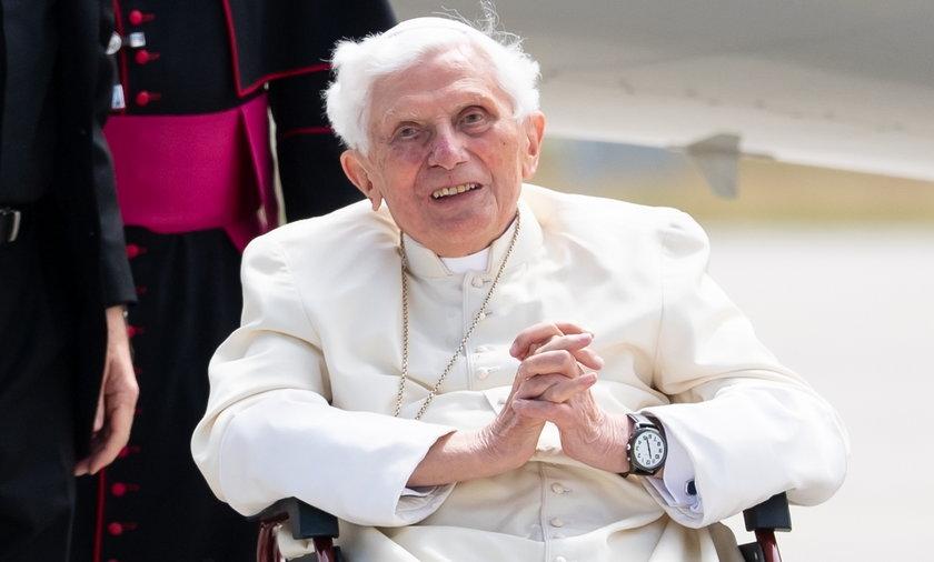 """Benedykt XVI szczerze o swojej abdykacji. """"Uważam, że dobrze uczyniłem"""""""