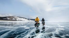 """12 km w 9 godzin, czyli rowerem po zamarzniętym jeziorze - fragment książki """"Po Bajkale"""" Jakuba Rybickiego"""