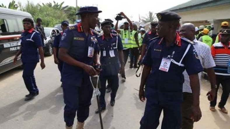 Four officers of the Nigeria Security and Civil Defence Corps (NSCDC) reportedly kidnapped in Kogi state by gunmen. (NTA)