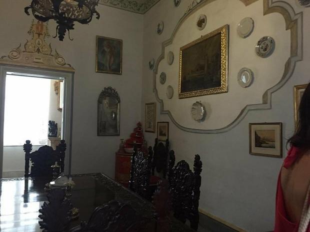Jeden z pokoi w wiekowym, maltańskim domu