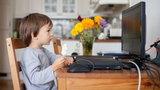 Twoje dziecko za dużo czasu spędza przed komputerem? Mamy na to sposób!