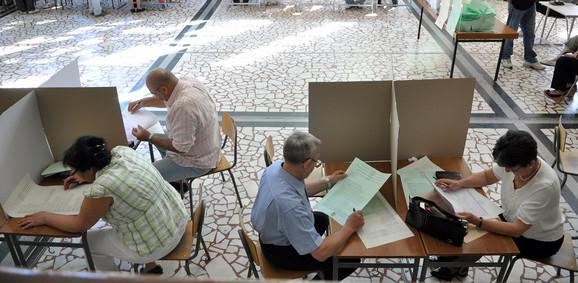 Kao na maturi:Glasanje na proteklim izborima