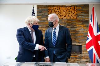 Johnson i Biden podpisali 'nową Kartę Atlantycką'