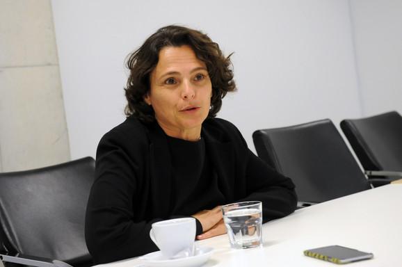 Ambasadorka Izraela Alona Fišer Kam