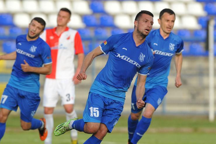 FK Mladost Lučani, FK Vojvodina