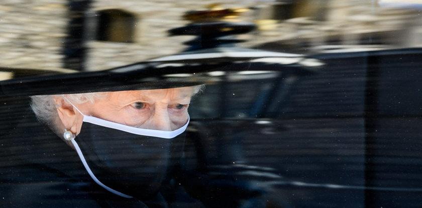 W dniu pogrzebu Filipa Elżbieta II doświadczyła kolejnego bolesnego ciosu. Zmarła bliska jej osoba