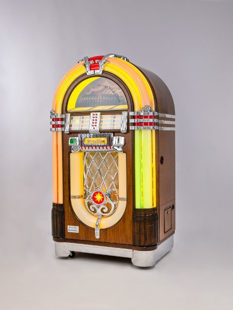 "Jukebox ""One more time"" (ok. 2000 r.)"